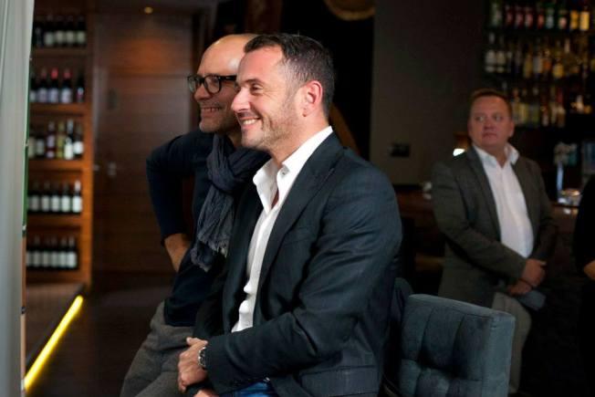 Z: Davide Reccole- właściciel, Philippe Donnat dyrektor do spraw sprzedaży, w: Restauracja Z57